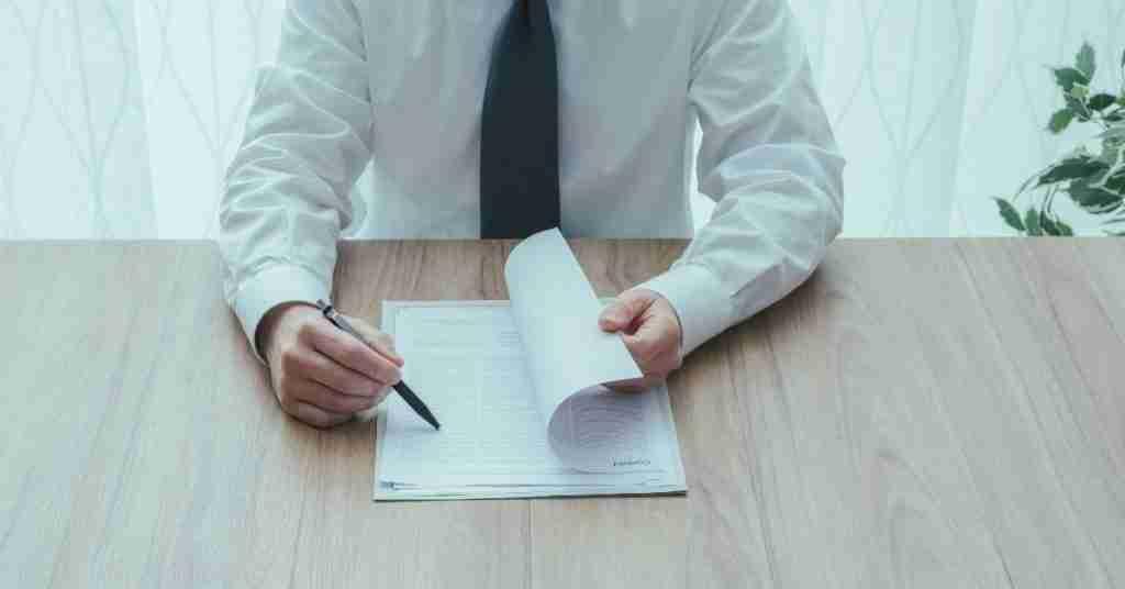 Es obligación firmar un anexo de contrato